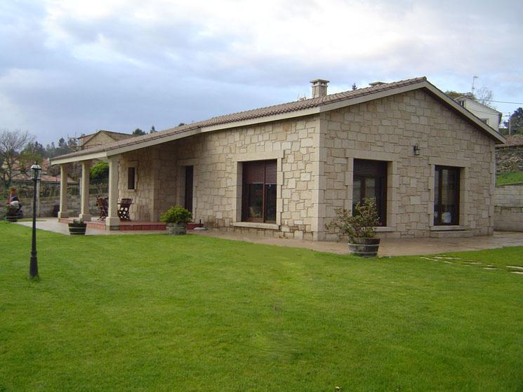 Alojamientos tur sticos y de temporada en santiago de compostela a pedri a sarela - Casas rurales galicia ofertas ...